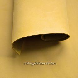 Cuir jaune mat