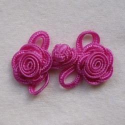 Brandebourg fleur rose vif