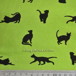 Molleton chats granny