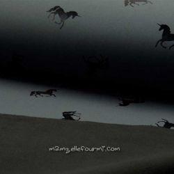Softshell imprimé lamé licornes noires