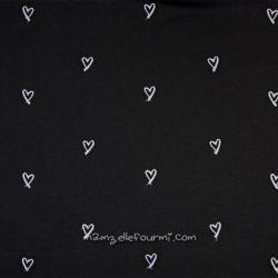Molleton brodé cœurs noir