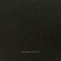 Étamine de laine noire