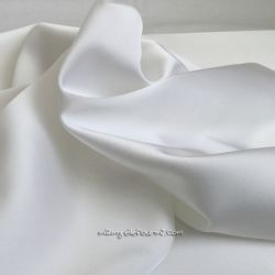 Satin stretch blanc