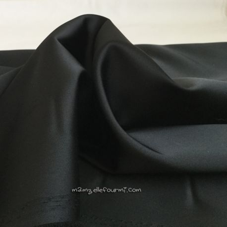 Satin stretch noir