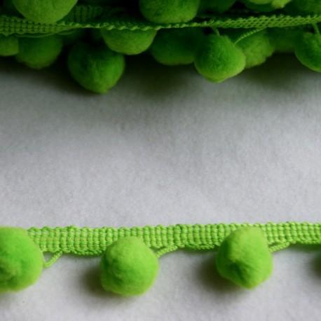 Galon à pompons vert anis