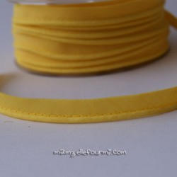 Passepoil uni jaune soleil