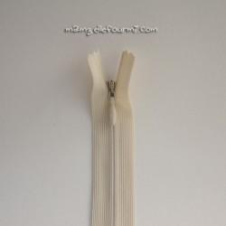 Fermeture Éclair 22 cm invisible crème